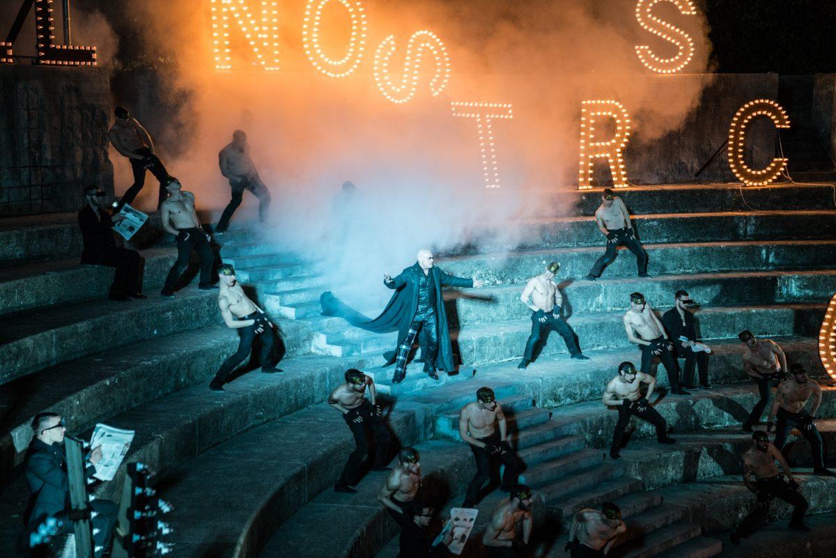 Riccardo va all'Inferno di Roberta Torre con Massimo Ranieri